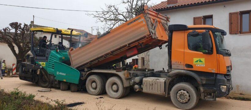 Kosinožići - početak asfaltiranja 2